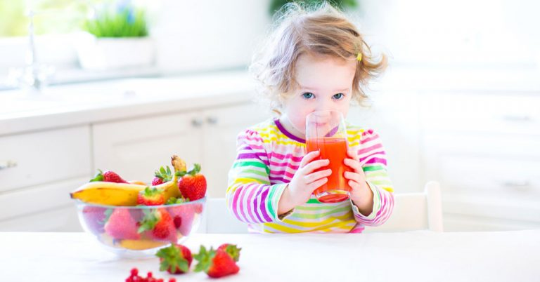 Fruit juices and their impacts on children's teeth